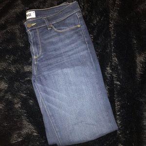 """PAIGE Denim """"Skyline Skinny"""" Size 30, Skinny Jeans"""